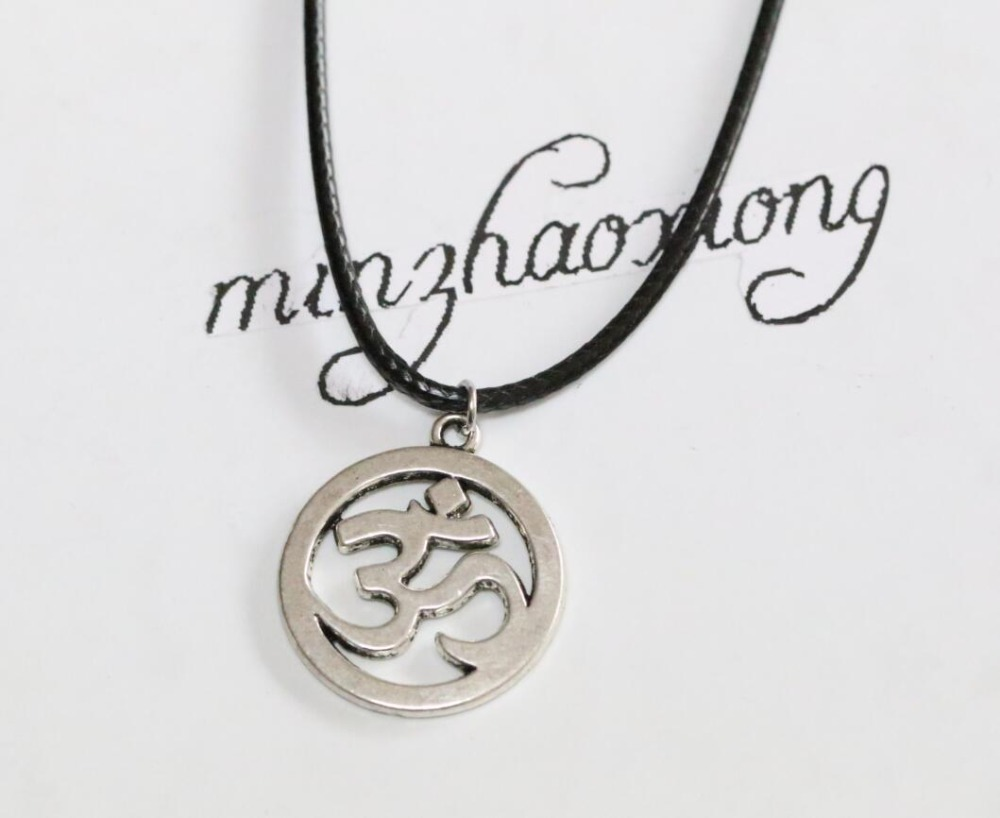 New Fashion Jewelry Vintage Alloy Tibetan Silver Ohm Symbol Charms Pendant Necklace Black Cord Chain Gift 10pcs