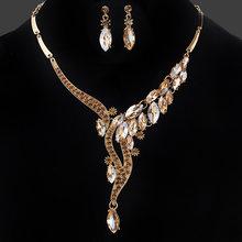 e7fd62e23880 Diseño único del color del oro rhinestone joyería fija la moda cristal  gargantillas Collares Pendientes Colgantes joyería conjun.