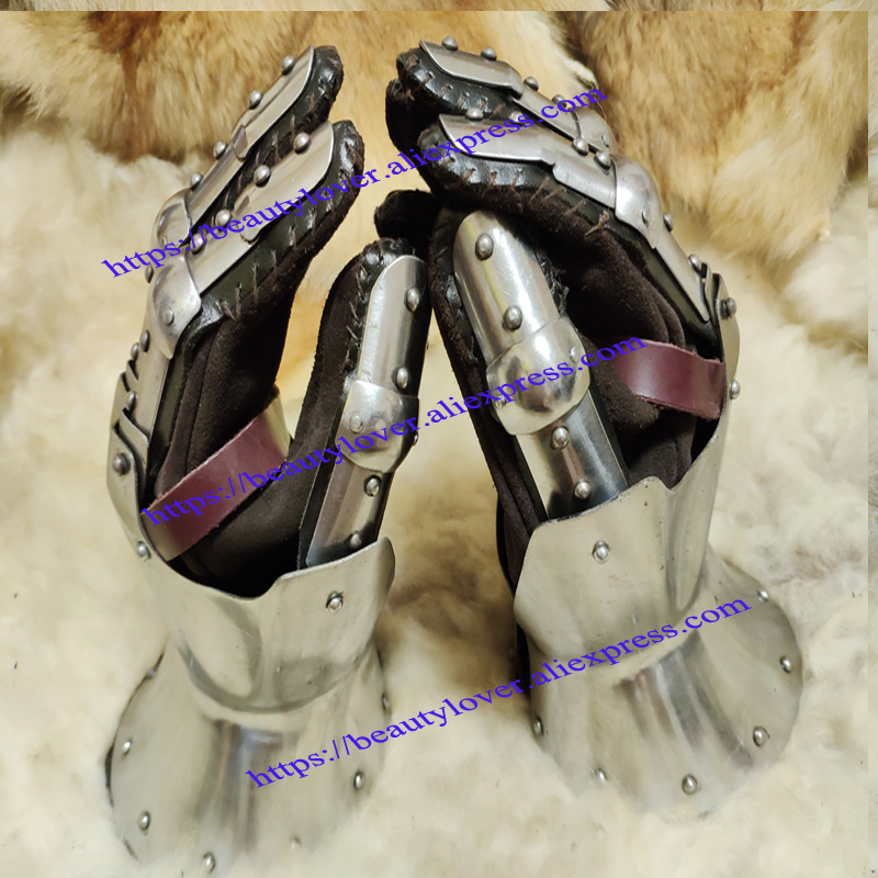 Wearable European Medieval Knight Gloves Plate Armor  Steel Wristband Hourglass Iron Hand Halloween Catwalk Model Show Prop