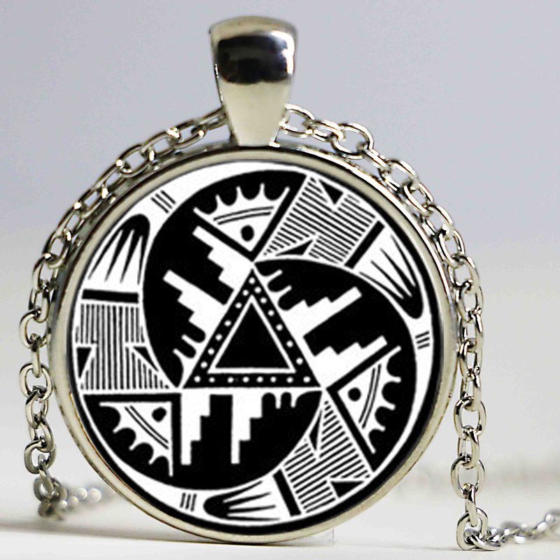 NDIAN PENDANT Hopi Design Pendant Black and White Anasazi Indian Necklace Native America ...