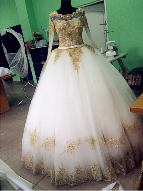 White and Gold Vintage Wedding Dresses