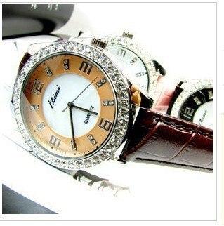 Free shipp Wrist Watch love  No 21hot Fashion 2010 spring