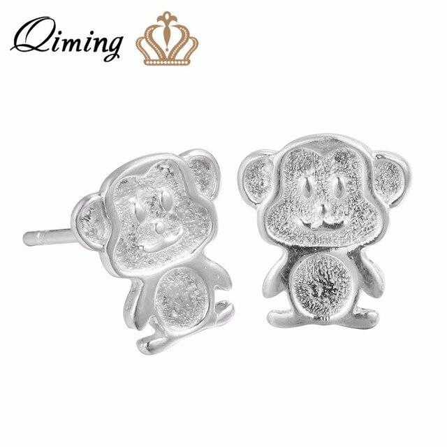 QIMING כסף תכשיטי אביזרי יפה קוף עגילי עבור בנות נשים חמוד בעלי החיים Stud הודעה עגילי תכשיטים