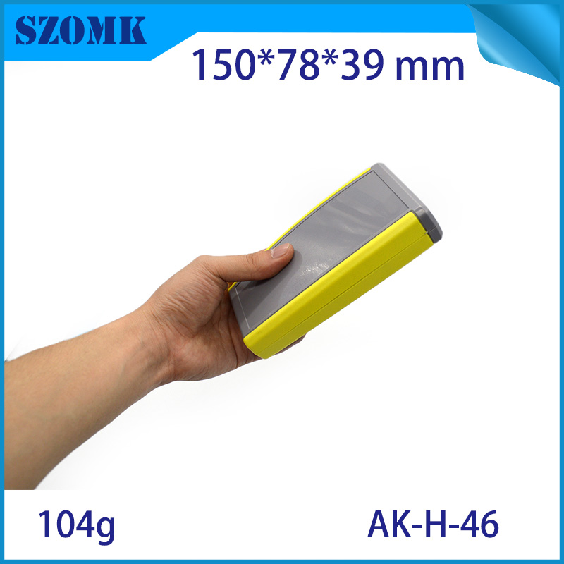 one piece 2xAA battery abs plastic handheld junction box for electronics remote control housing project case szomk battery case цена