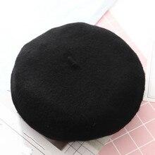 Inverno quente faux lã boina mulheres meninas artista francês beanie chapéu  cap vermelho preto roxo bege laranja kawaii plana to. f6626130d69