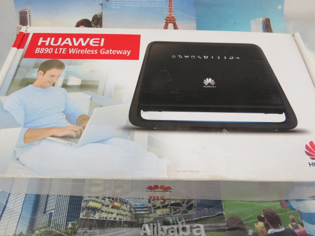 Unlocked Huawei B890 B890-75 4G LTE FDD CPE WiFi Router Wireless 100Mbps Gateway