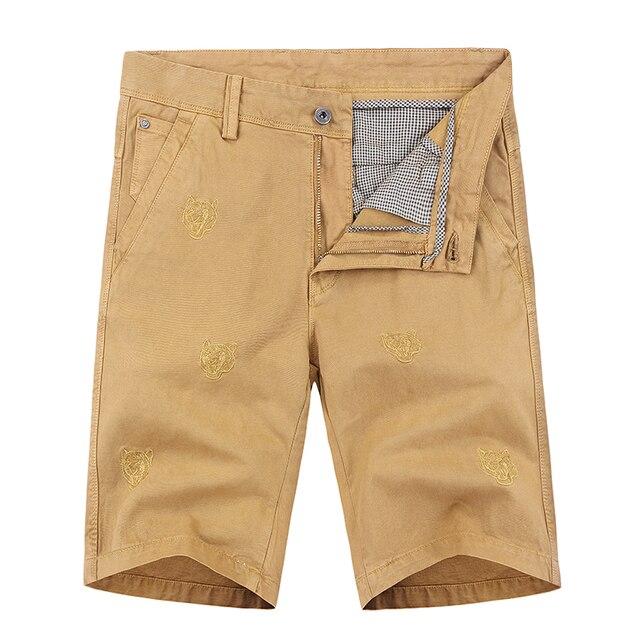 Bordado na altura do joelho calças curtas homens 2019 harajuku moda casual algodão Marca de Roupas de fitness Shorts Da Carga Camo solto homme