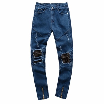 цена на HOT 2020 Fashion Casual Locomotive jeans men's blue skin Ripped hole knee patch teenagers Pleated biker Zipper men's trousers