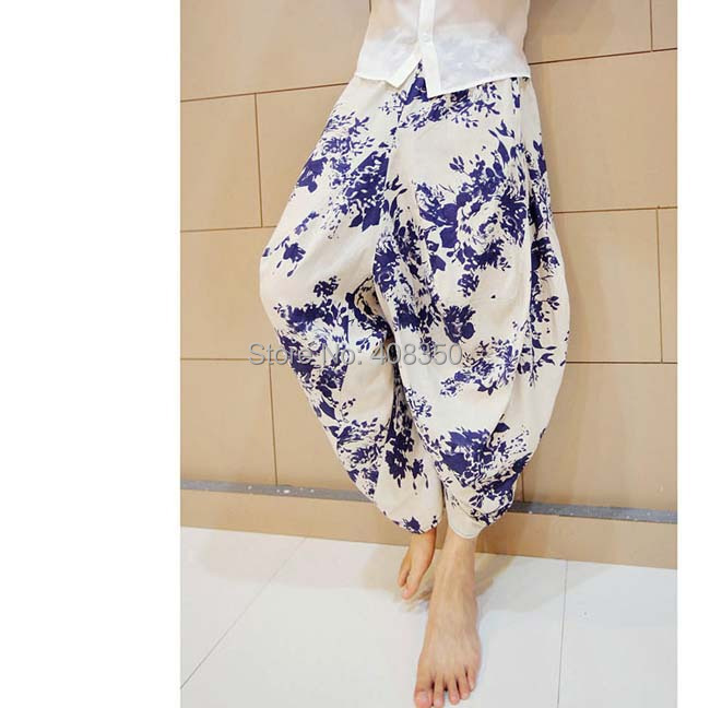 Blue-and-white Low Dropped Crotch Linen Harem Pant Mens Original Design Fashion Flower Loose Casual Summer Brand Beach Trousers 2015 HOT NEW (2).jpg