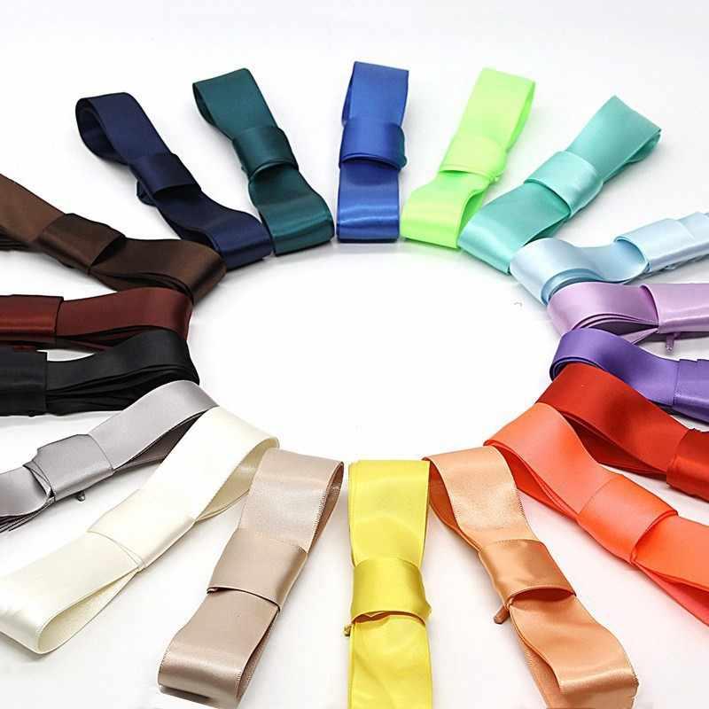 ใหม่ 1 คู่ 2 เซนติเมตรกว้างซาตินริบบิ้นผ้าไหม Shoelaces 110 เซนติเมตรความยาวรองเท้าผ้าใบกีฬารองเท้าเด็กผู้ใหญ่รองเท้า laces ที่มีสีสัน