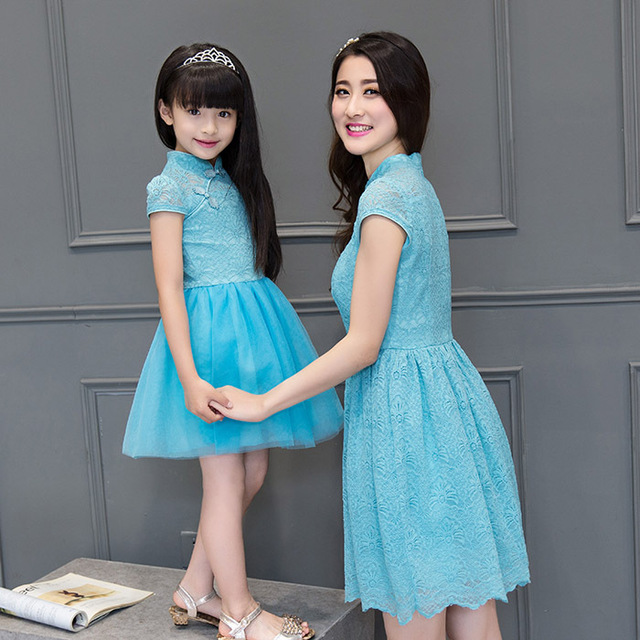 2016 family matching mother daughter dresses clothes lace qipao mom and daughter party dress kids parent child outfits