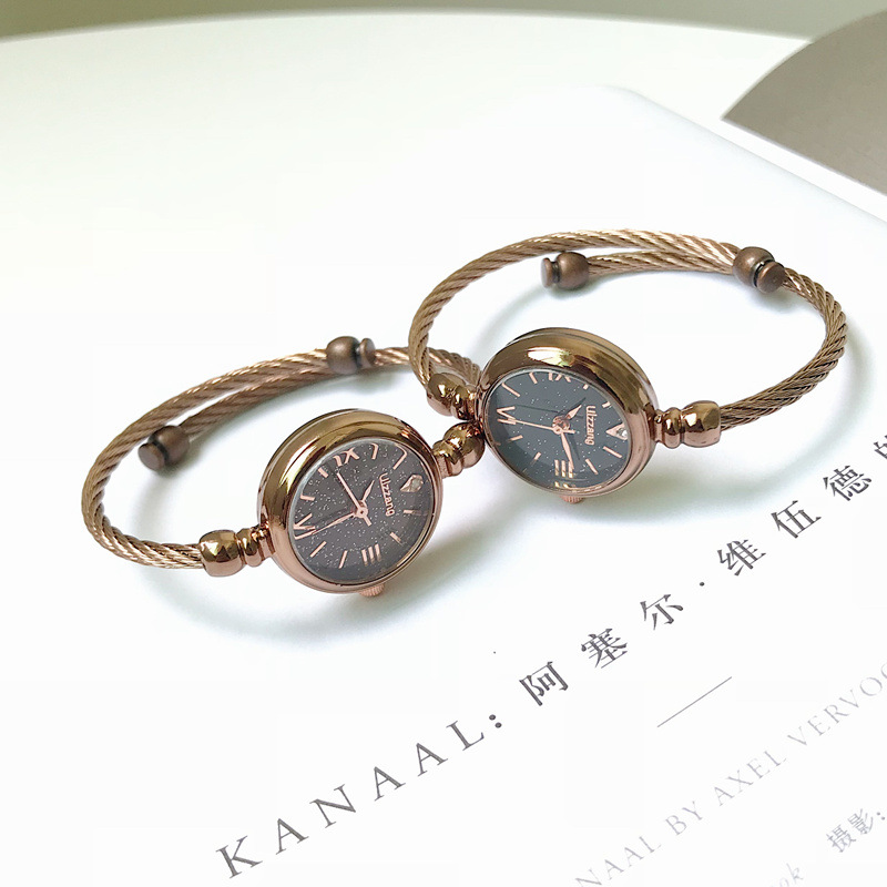 New Women's Fashion Quartz Bracelet Watches Designer Stars Dial Ladies Wristwatch Luxury Elegant Female Watch Women Dress Clock