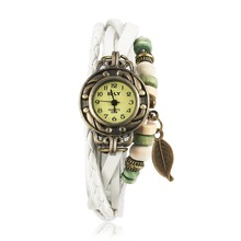 Global hot selling leather bracelet watches woman fashion leisure quartz bracelet watch female Party Style Christmas Gifts