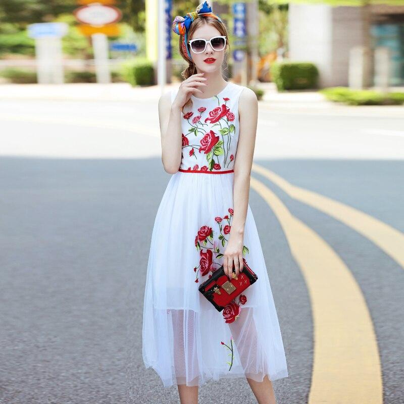 Runway Dress 2017 Brand Rose Flower Mesh Embroidery Women Summer Dress O neck Sleeveless Pleated Mid