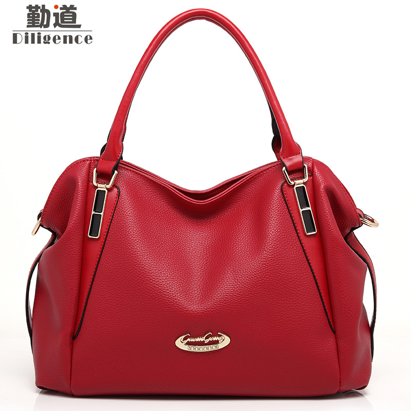 Genuine Leather Handbags Messenger Bag Women Fashion Brand Style Commuter Bucket