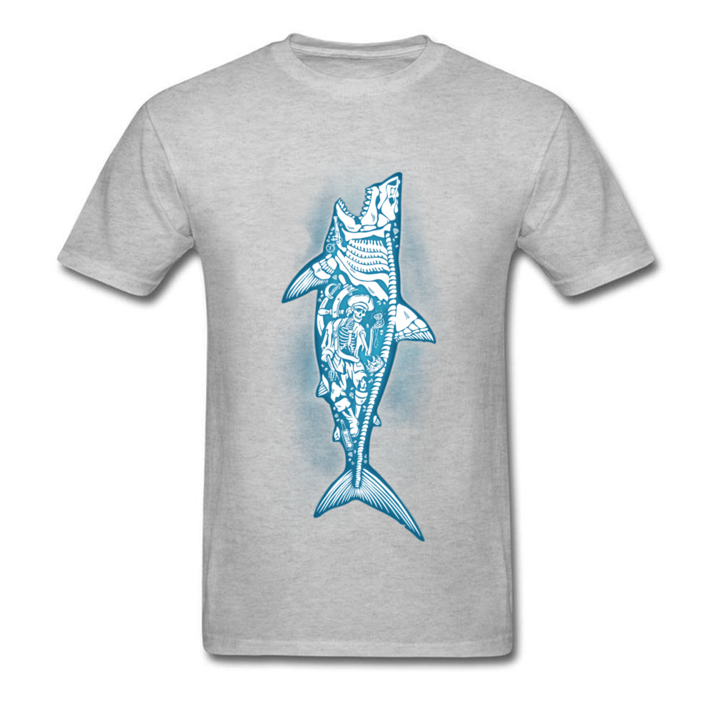 Sunken Treasure Men T shirt Skeleton Shark T Shirt Pirate Skull Tshirt Sea  Adventure Clothing Awesome Design Tops Tees-in T-Shirts from Men s Clothing  on ... 341d1e453083