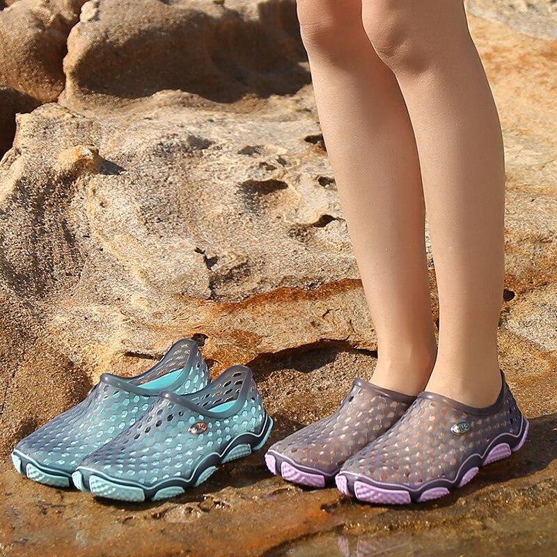 Новинка, летняя женская пляжная обувь, уличные прогулочные туфли для рек, женская обувь с вырезами, Желейная обувь для сада и путешествий, уд...