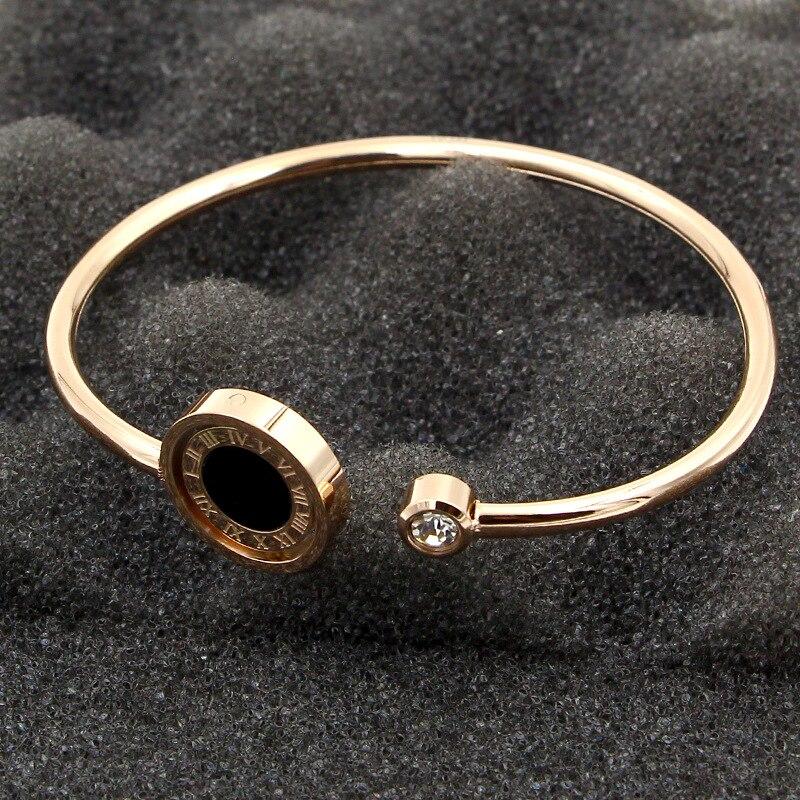 Bracelet en cristal en acier titane à double bracelet numérique romain noir et blanc rotatif à la mode pour les femmes bijoux