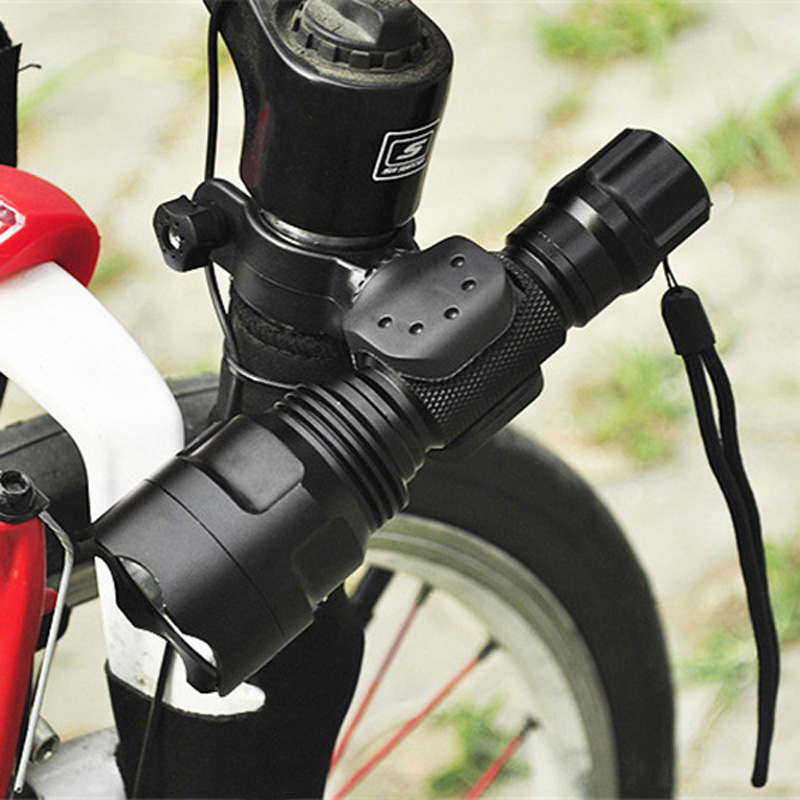 HOT Universal Bike Flashlight LED Torch Mount Clip 360 Degree Rotation Cycling Clip Clamp Bicycle Light Holder  NDS66