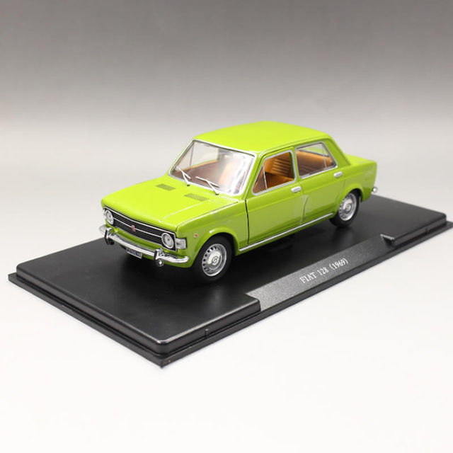 White Box 124 1969 Fiat 128 Classic Boutique Alloy Car Toys For
