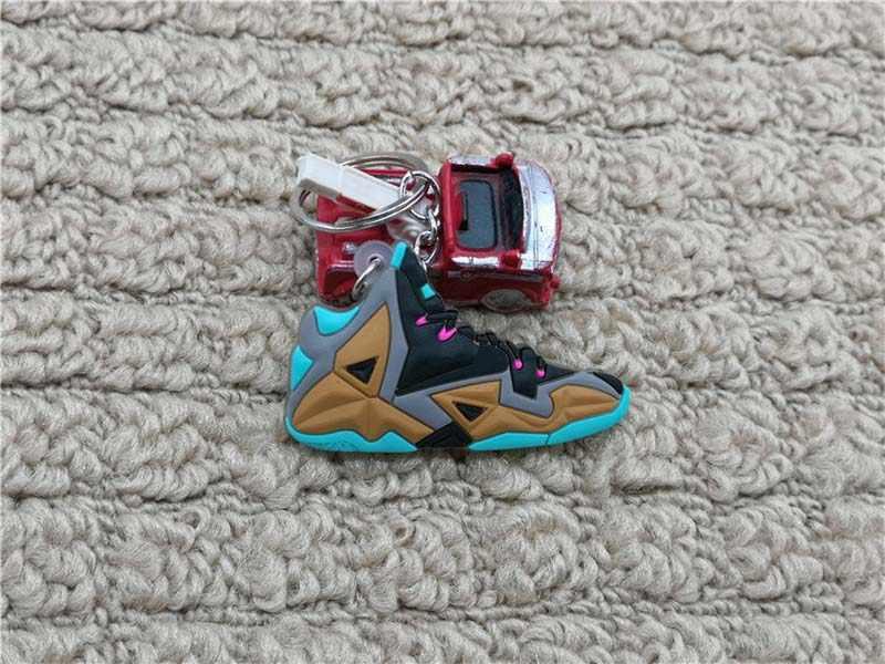 Mini Silicone Lebron James Chaveiro Charme Saco Mulher Bonito Presentes Chave Anel Chave Da Sapatilha Titular Acessórios Pingente de Chave Da Cadeia de Calçados