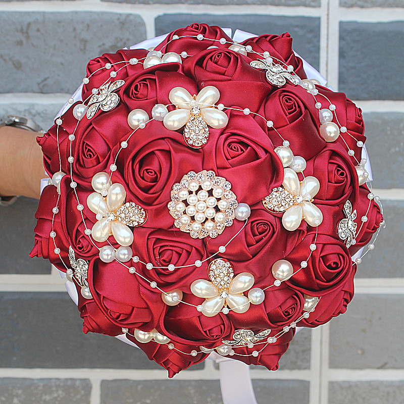 IMG_8276_  WifeLai-A Manufacturing facility Sale Wine Purple Shade Bride Bouquet Marriage ceremony Flowers de noiva Uncooked Shade Pearl Silver Diamond Beaded 18cm W251 HTB1B6FPRXXXXXXyapXXq6xXFXXX3