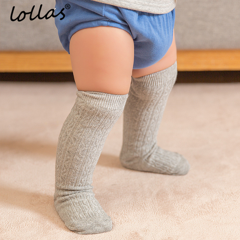 купить Lollas 0-4 Years Cute Baby Knee Socks Newborn Infant Baby Cotton Knee High Socks Children Baby Girls Boys Socks по цене 111.07 рублей