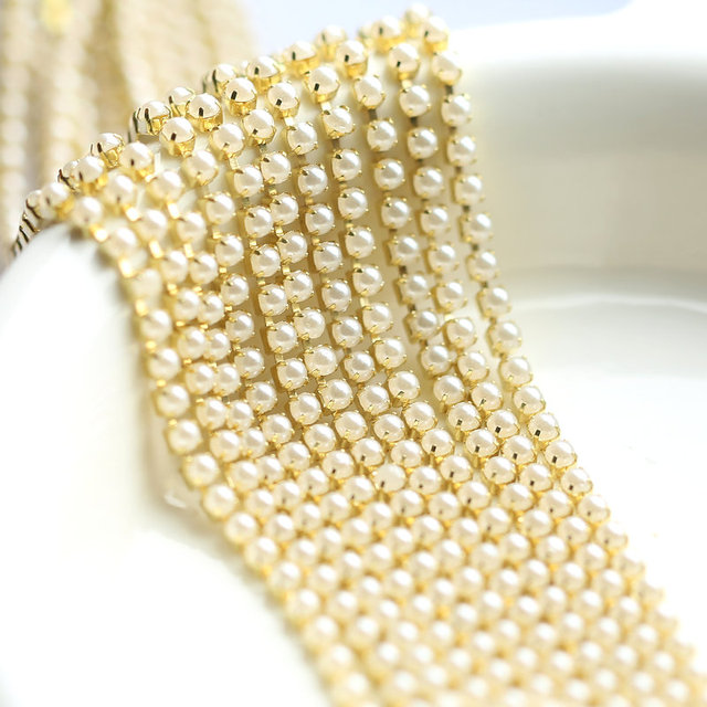 New Pearl chain 10yards bag Crystal Glass 2mm 3mm Golden Base Cup Close Rhinestone  Chain 00a1713155c0