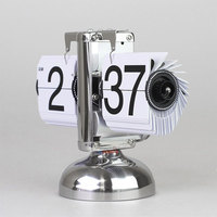 1pc/lot Fashion Silver Table Clock Desktop Retro Flip Clock Stainless Steel Gear Operated Home Clock