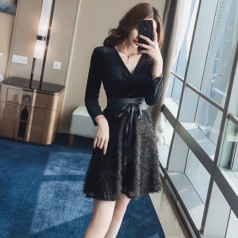 French niche belt bandage dress retro Slim Mini Sexy dress autumn winter 2019 new gold velvet stitching V-neck Short dress women
