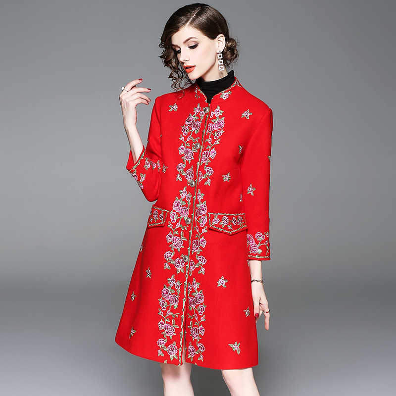 Emboridery Floral Women Winter Coat High Quality Elegant O_Neck Single Breasted Female Slim Overcoat Female 2018 Fashion