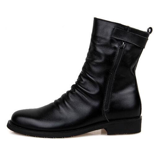 Hiver Hommes Court Peluche bottes de Neige en cuir Véritable Mi mollet Martin  bottes résistant à l usure Automne Mâle militaire Bottes 03 dans Bottes de  ... d26d415d591