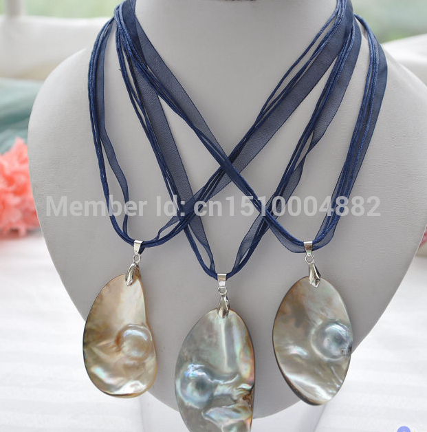 FREE SHIPPING>>>@ NEW HOT775 wholesale 3pc 55MM gray crescent south sea mabe PEARL blue pendant silk chain