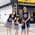 Familia conjunto vestidos de padre madre hija hijo camiseta ocasional trajes a juego de ropa de la familia de la familia de algodón clothing dy06