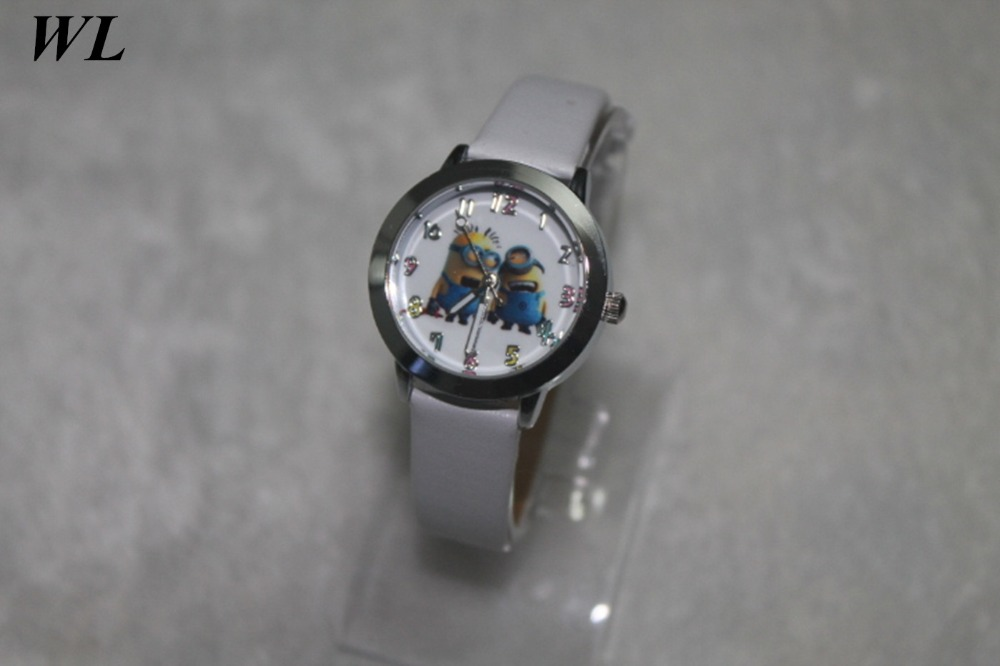 Free Drop Shipping 2017 New Hot Sale Fashion Cut Cartoon Minion Boys Girls Students Gifts Quartz Watch Small Leather Wristwatch hot hothot sales colorful boys girls students time electronic digital wrist sport watch free shipping at2 dropshipping li