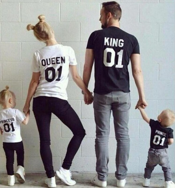 New Family King Queen Letter Print Shirt,100% Cotton tshirt Mother and Daughter father Son Clothes Matching Princess Prince 1-6Y