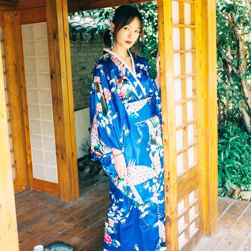 Costume traditionnel japonais femme paon fleur robe japon Style Kimono scène Performance Costume femmes Yukata DQL1422