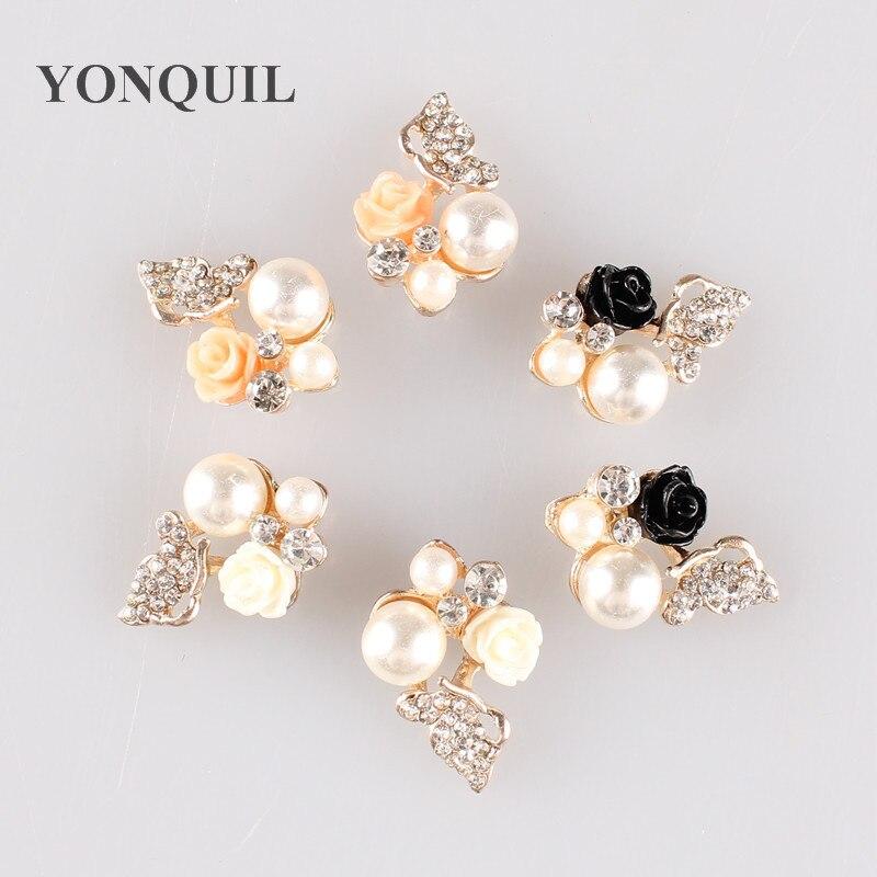 37fc9d05722 Fashion pearl brooch pinsHight Quality White Crystal pin Brooch Bouquet Rhinestone  Brooches wedding dress accessoriesMYQBB091(