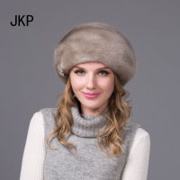 New hot winter fur hat for women genuine mink fur hat with diamond acessories visors 2018 women fur cap good quality cap DHY 53