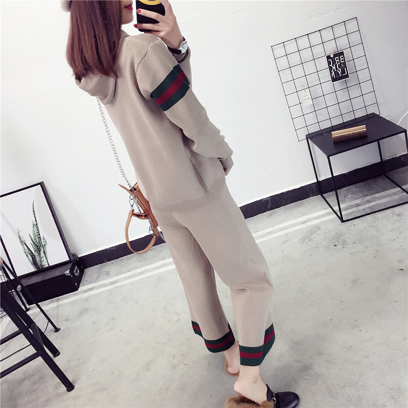 2017 autumn and winter new knitted wide leg pants suit female fashion Korean fashion students loose hooded sweater two sets