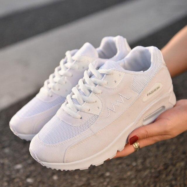 7896edbfd 2017 نساء الاحذية النساء حذاء رياضة أحذية للنساء الاتجاه نمط الكورية تشغيل رياضية  مريحة للتنفس الإناث
