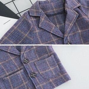 Image 4 - Conjunto de ropa a cuadros para bebé, moda, 3 unidades, abrigo, camiseta Y pantalones de 1 a 4 años