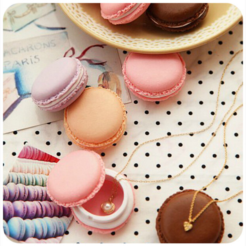 Mini Portable candy color Macarons jewellery box storage box Small plastic mini Necklace desktop makeup jewelry organizer case