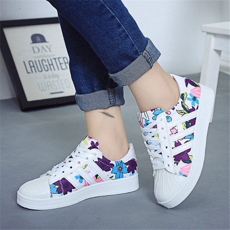 ФОТО New Fashion Women Single Shoes Star Summer Stamp Casual Shoe Trainers Walking Skate Shoes Flats Tenis Canvas Chaussure Femmes