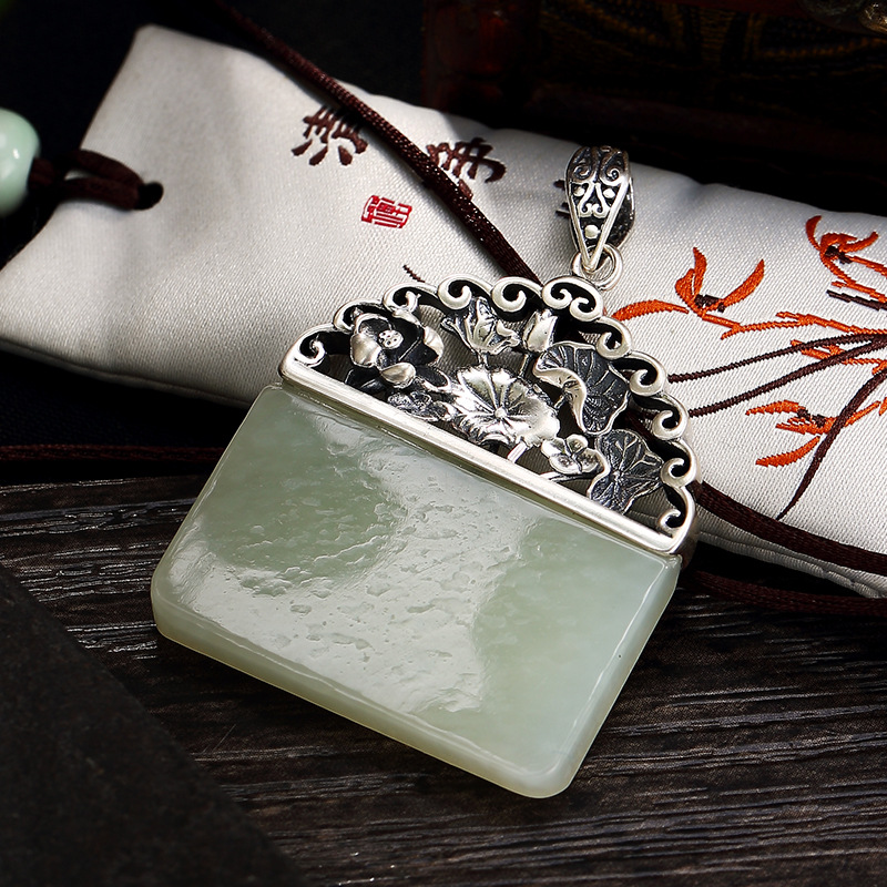Silver S925 Pure Silver Retro Lotus Mosaic And Jade White Jade Jadeite Female High-end Sweater Chain Pendant Wholesale selling jewelry xinjiang hetian jadeite jadeite overlord pendant natural jadeite men 18 arhat necklace pendant