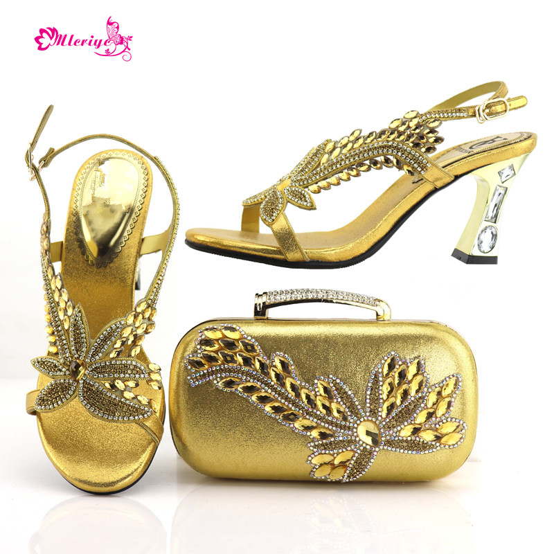 7437 Italian Shoes with Matching Bags African Women Italian Shoes and Bag Set Nigerian Women Wedding golden Shoes and Bag Sets