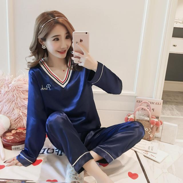 WAVMIT 2018 Women Comfortable Silk Pajama Set V-neck Girl Pyjama Set Long  Sleeve Sleepwear Suit Women Nightshirt Set Young Style 53561e256