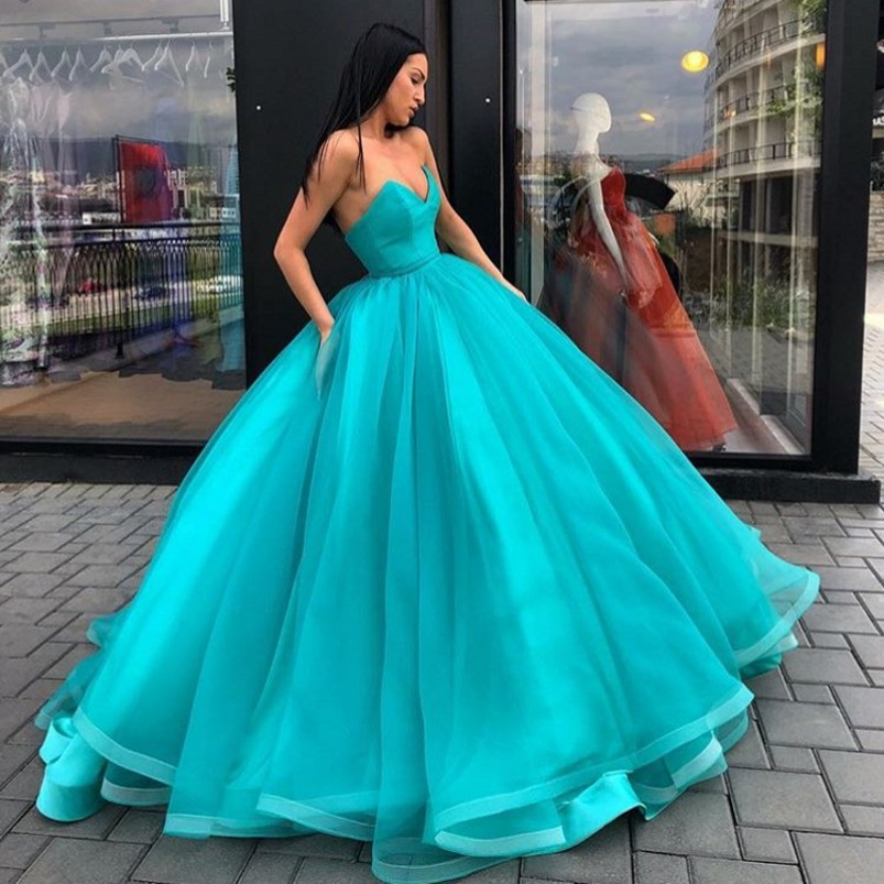 657b3221d2 Saudi Arabic Turquoise Ball Gowns evening dress 2018 Ruffles Tulle Long  Prom Gown Lace Up Abiye