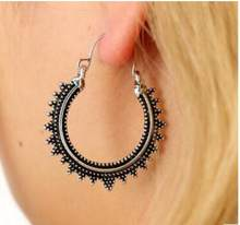 2018 New Arrival Ethnic Vintage Hollow Out Drop Earrings Carving Dangle Earrings for Women Bohemia Beach Ear Jewelry Brincos(China)