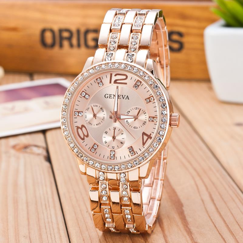 2019 New Famous Brand Gold Crystal Genève Casual Quartz horloge - Dameshorloges - Foto 3